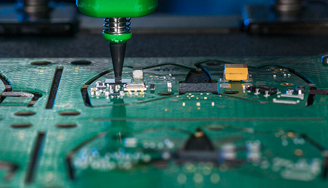 Fully automated flip-chip assembly - Process: solder ball technic; applications with >2'000 balls